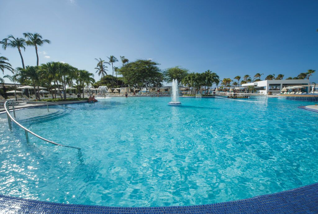 Riu Palace Antillas Zwembad