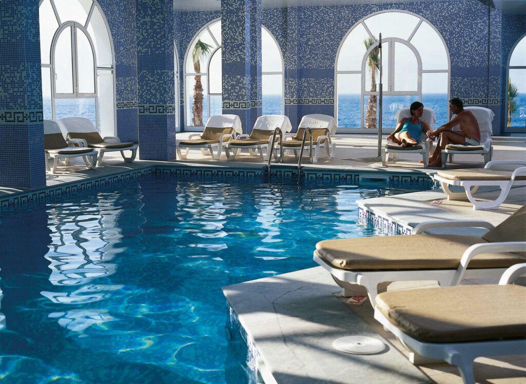Riu Palace Madeira Indoor pool
