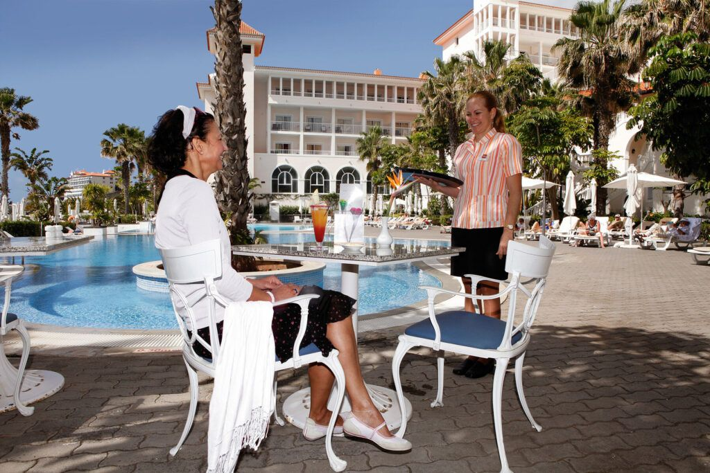 Riu Palace Madeira zwembad restaurant