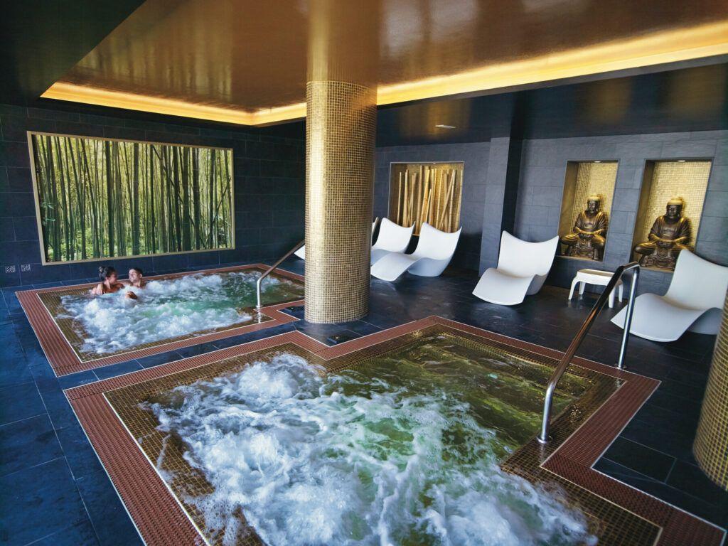 Riu Palace Meloneras Whirlpool bath