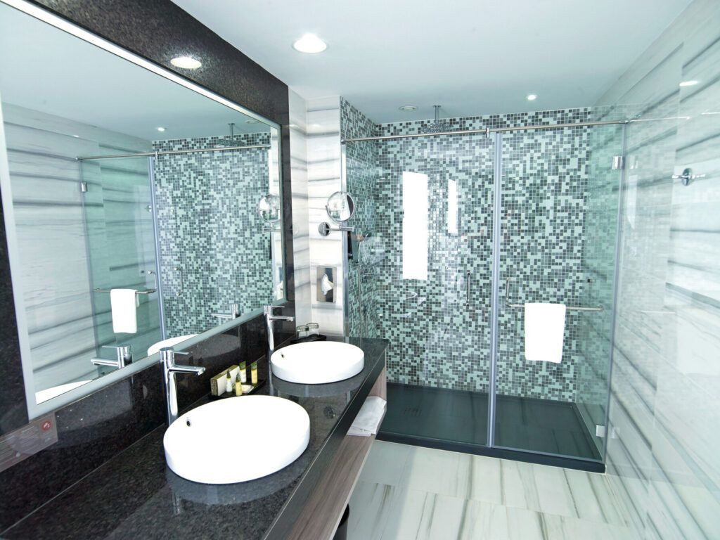 Standard double room_bathroom