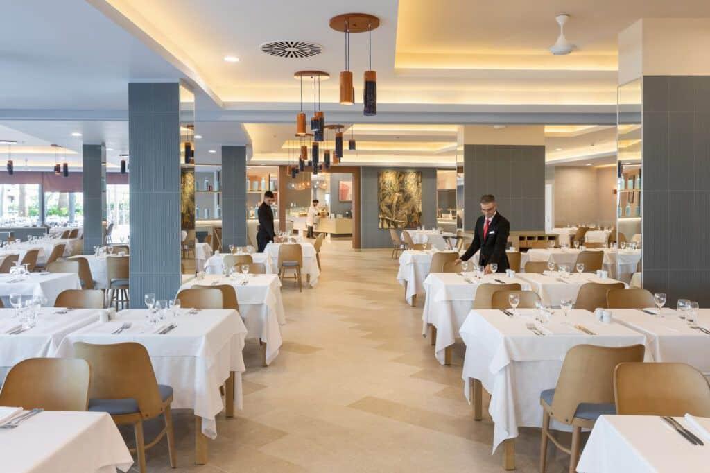 Riu Palace Palmeras hoofd restaurant