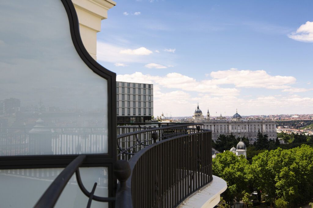 Deluxe king terrace