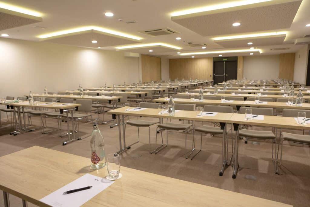 Riu Plaza Espańa Conference room. Puerta del Sol