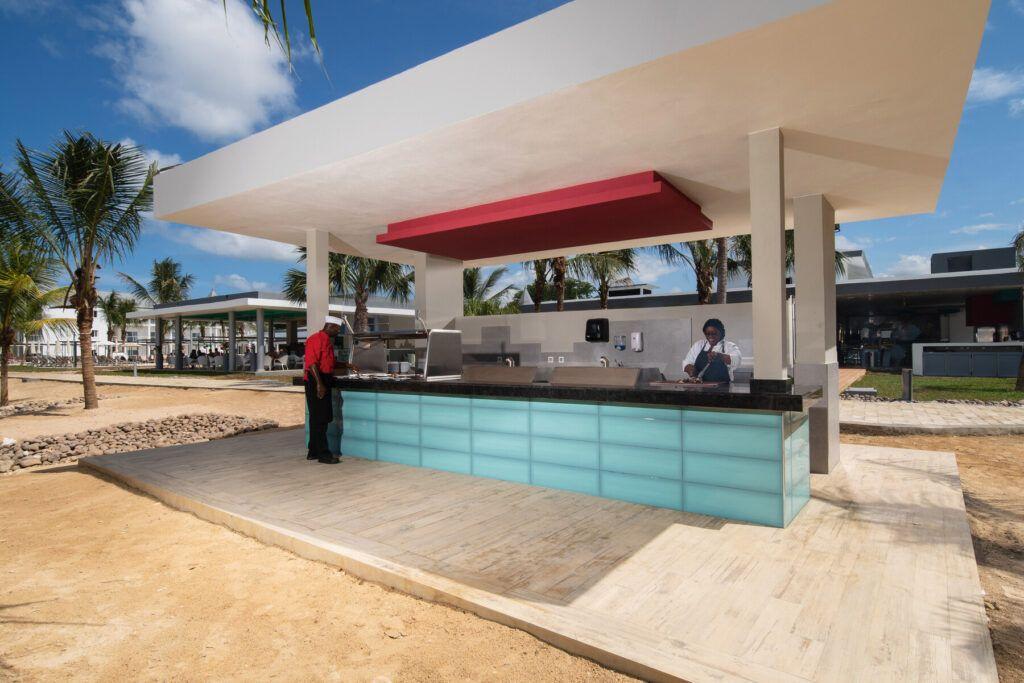 Riu Palace Tropical Bay zwembad bar