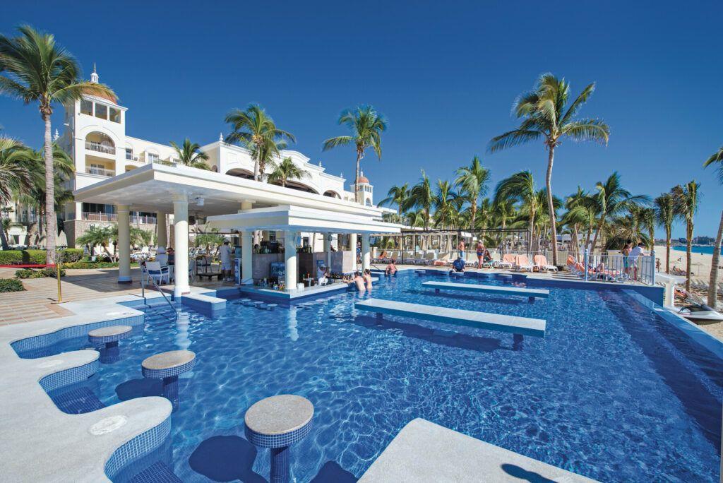 Riu Palace Cabo San Lucas  Swim-up bar