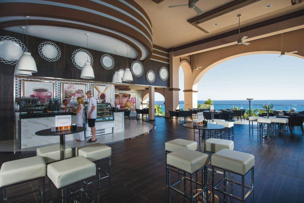 Riu Palace Cabo San Lucas  Patisserie & ice cream parlor