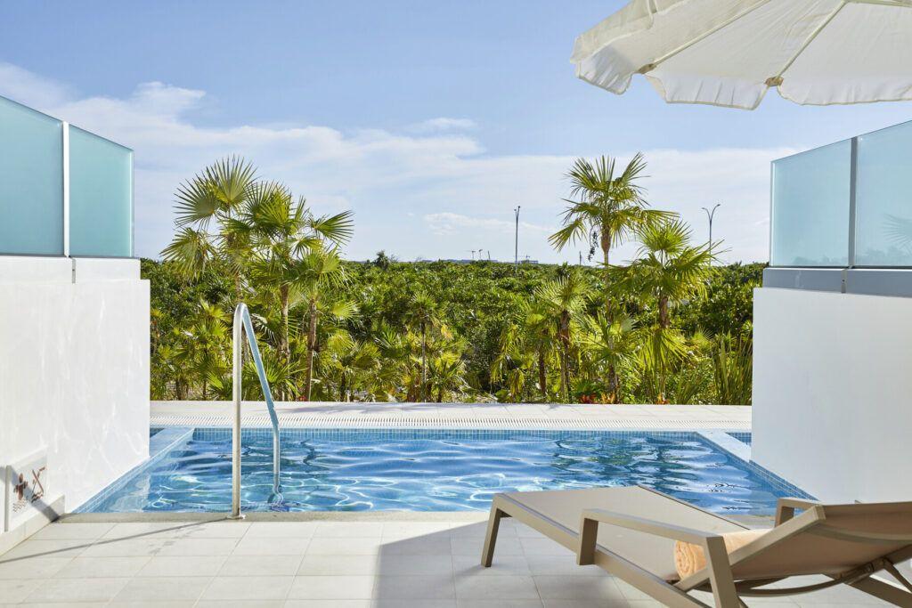 Riu Palace Costa Mujeres swim-out Junior suite