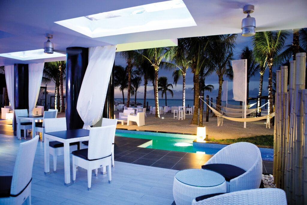 Riu Palace Jamaica Chill out_beach bar