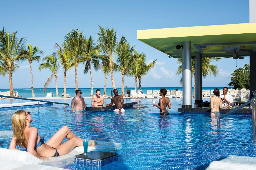 Riu Palace Jamaica swim-up bar