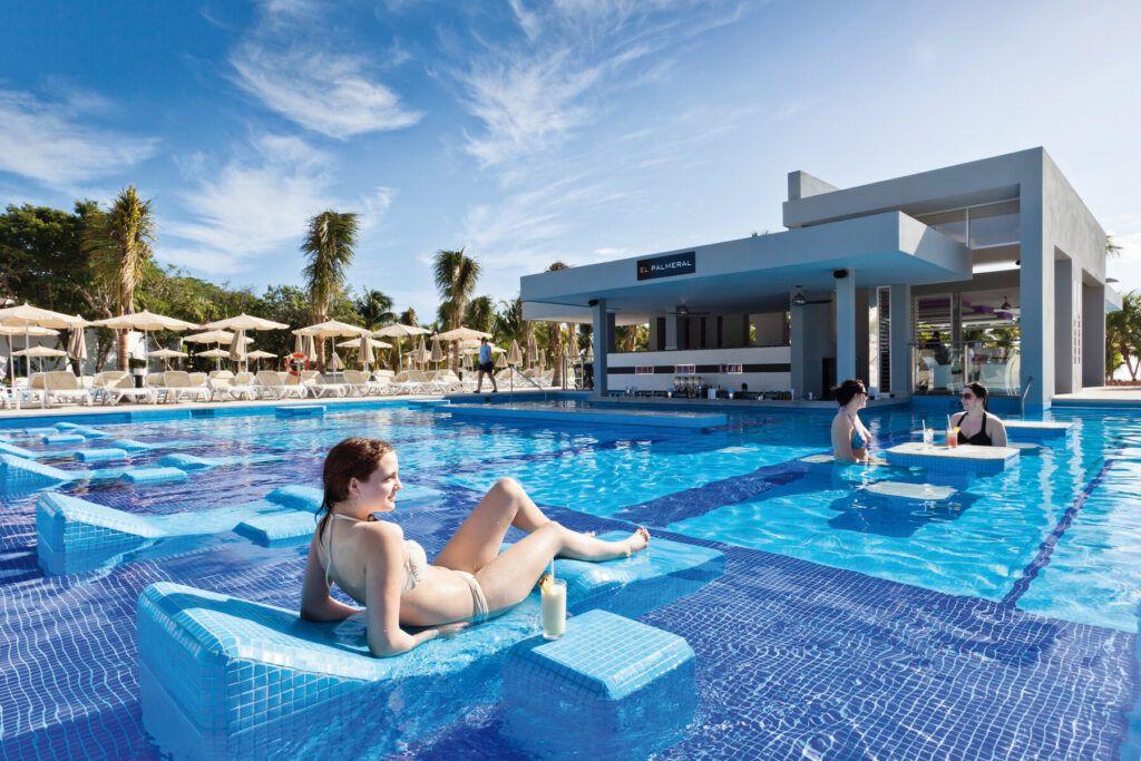 Riu Palace Mexico zwembad