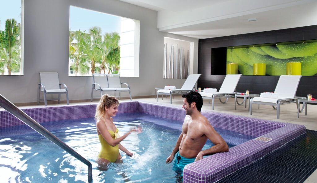 Riu Palace Bavaro  Spa, relax pool