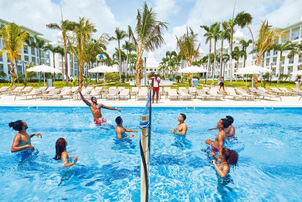 Riu Palace Punta Cana Volleyball pool