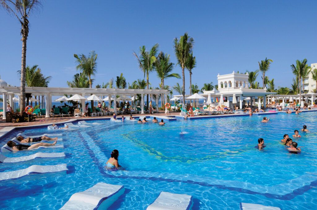 Riu Palace Pacifico  Pools