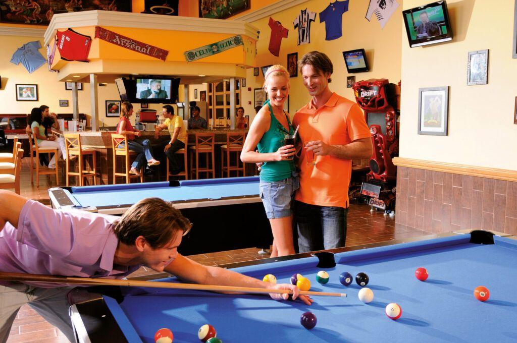 Riu Palace Pacifico  Sports bar