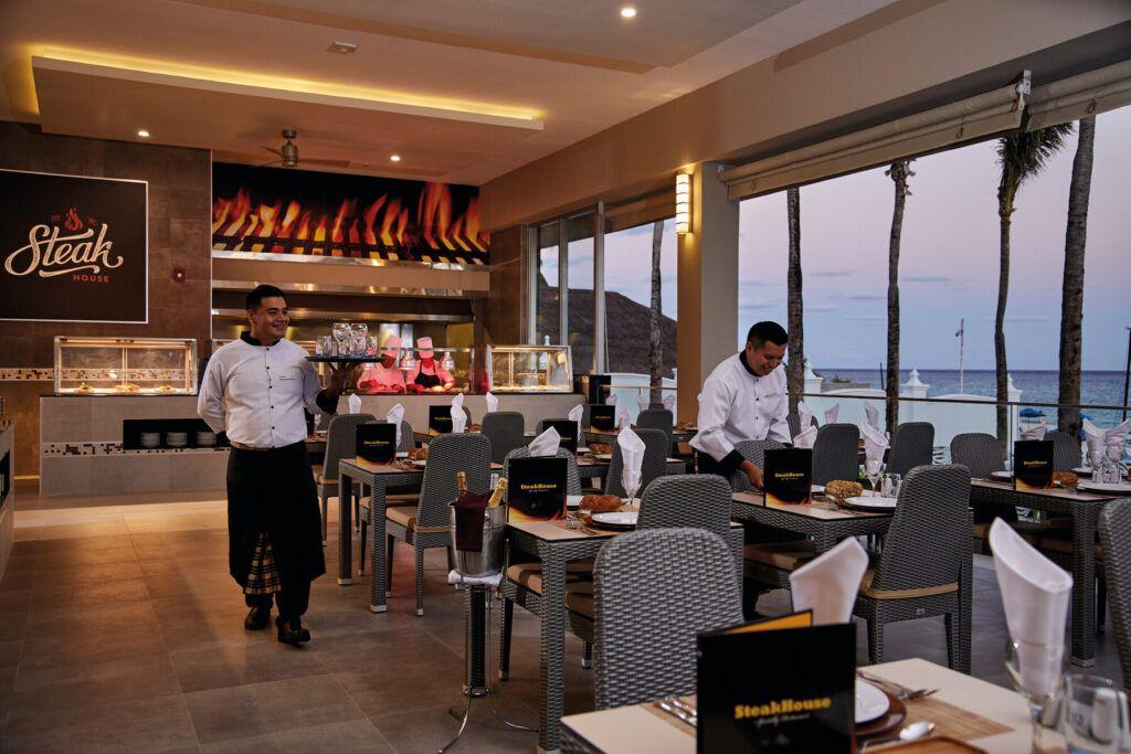 Riu Palace Riveira Maya Steakhouse