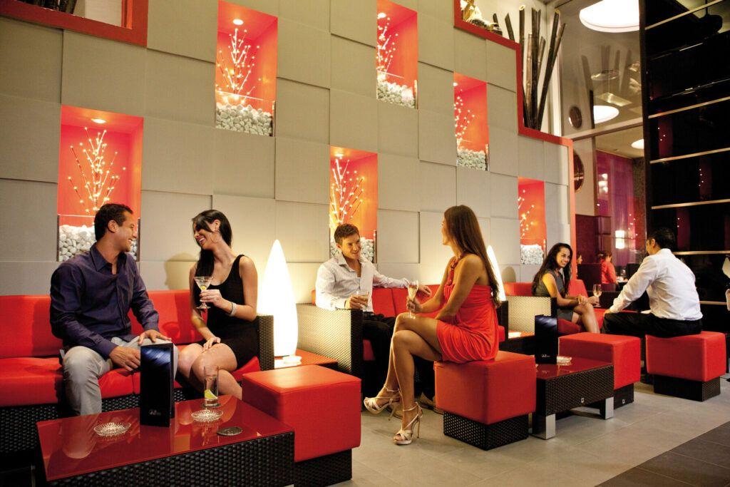 Riu Plaza Panama bar ibiza